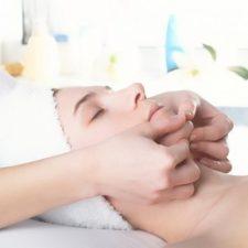 bindweefselmassage-gezichtsbehandeling_l-e1492703877466