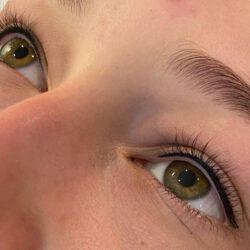 standaard eyeliner direct na behandeling